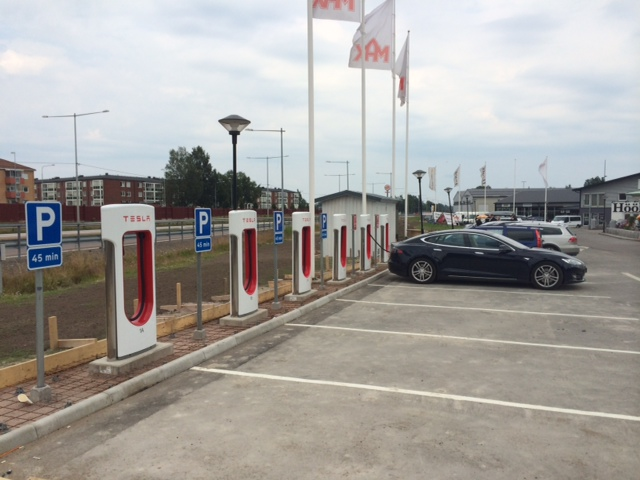 Tesla Motors Superchargers - Tesla Club Sweden